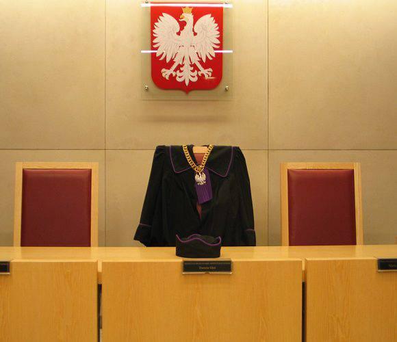 В Польщі засудили чоловіка, який по телефону погрожував вбити президента