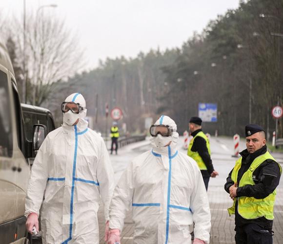 «Йду до хворої тещі» — найпопулярніше пояснення порушників карантину в Польщі