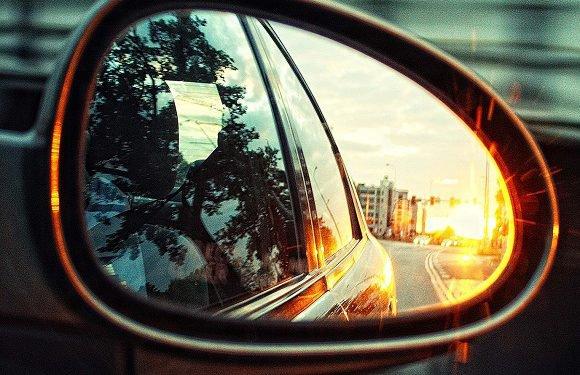 Чоловік в Польщі нищив автомобілі, бо… почувався самотнім на свята