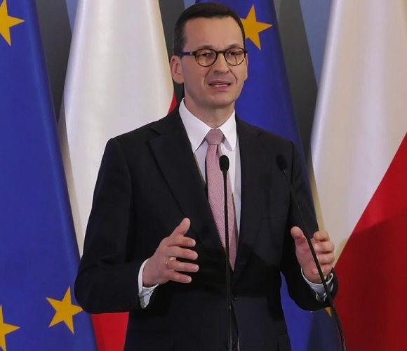Коли в Польщі учні та студенти повернуться на навчання?
