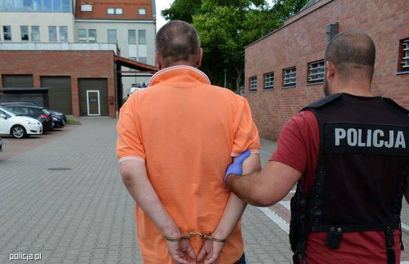 У Сопоті заарештований фальшивий «міліціонер»