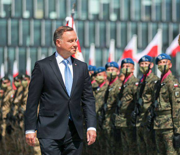 Президент Польщі хоче змінити правила щодо виходу на пенсію