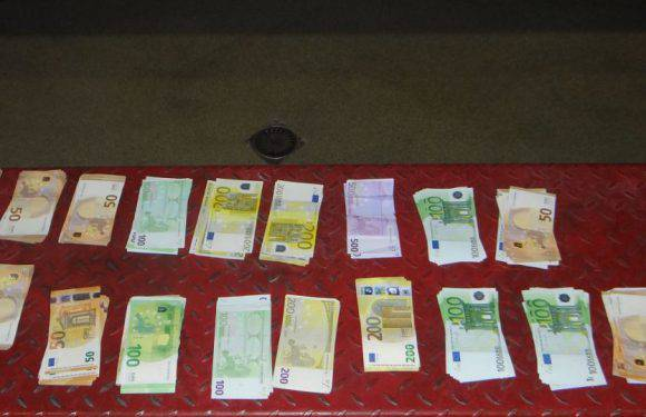 Українці перевозили до Польщі незадекларовану валюту [+ФОТО]