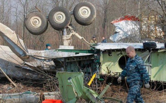 Літак Качинського над Смоленськом був знищений вибухівкою. Бомби заклали в Росії під час ремонту [+ФОТО, ВІДЕО]