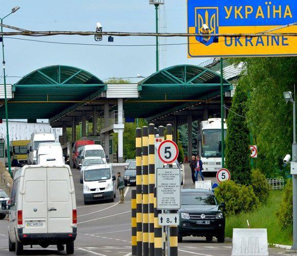 У черзі на польсько-українському кордоні помер українець, водій вантажівки