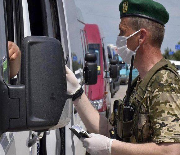 Сьогодні на кордоні з Польщею — черги на 440 вантажівок