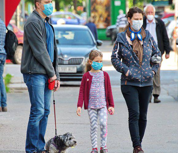 Стало відомо, скільки людей в Польщі оштрафували за відсутність маски, а скільки осіб отримало попередження