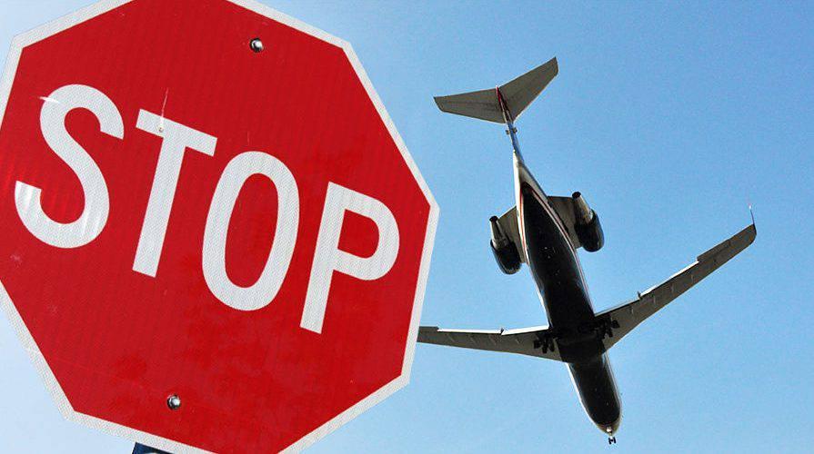 Список країн з забороною польотів до Польщі збільшується [+СПИСОК]