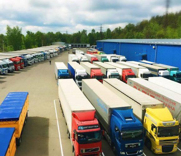 Сьогодні на польсько-українському кордоні черги на 125 вантажівок