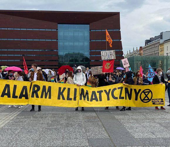 Сьогодні вулицями Вроцлава пройшов Молодіжний кліматичний страйк [+ФОТО]