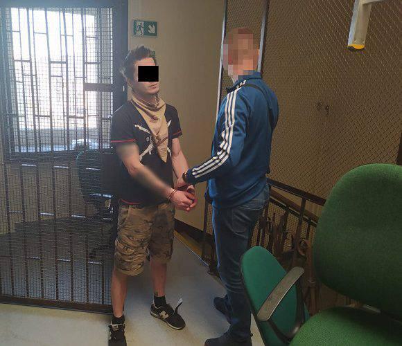 У Варшаві затримали українця та білоруса, які виманювали в людей гроші через інтернет [+ФОТО]