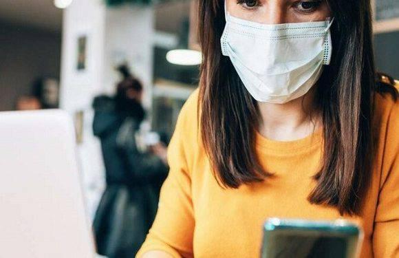 Міністр здоров'я Польщі сказав, коли закінчиться епідемія і повідомив ціну щеплення проти коронавірусу
