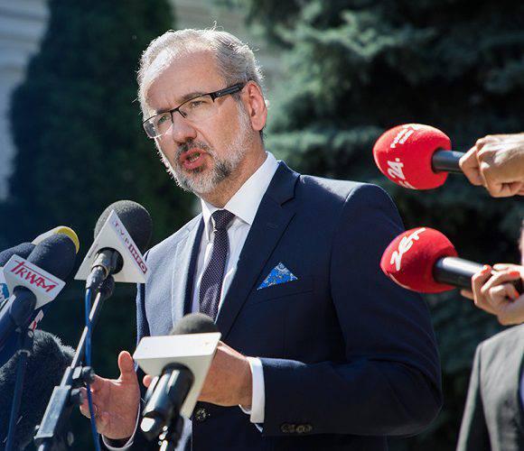 Міністр охорони здоров'я Польщі розповів про наступні кроки в боротьбі з коронавірусом