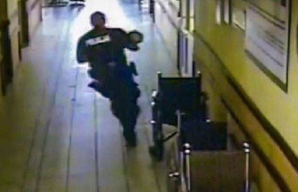 Польські поліцейські врятували від смерті немовля [+ФОТО, ВІДЕО]