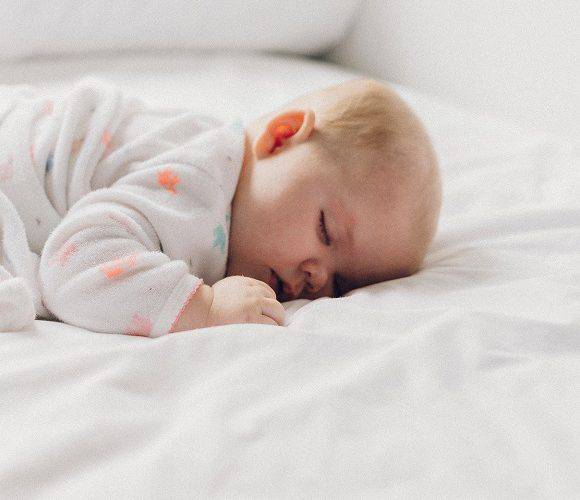В Польщі засудили жінку, яка живцем закопала свою новонароджену дитину