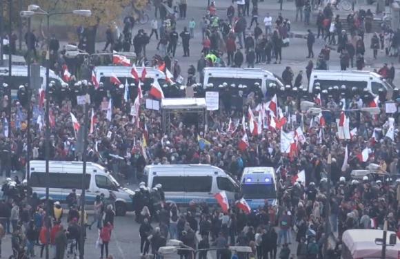 У столиці Польщі відбулися протести підприємців проти коронавірусного карантину [+ВІДЕО, ФОТО], (ОНОВЛЕНО)
