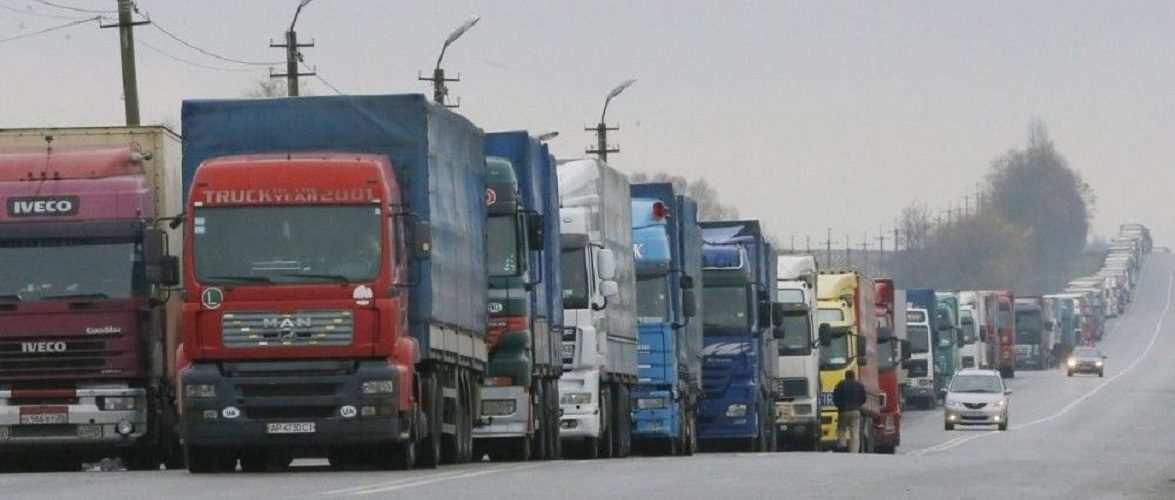 Польща виділить Україні 5 тисяч додаткових дозволів на вантажні перевезення