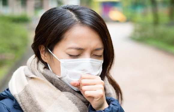 У Польщі доведеться носити маски навіть тим, хто одужав від коронавірусу