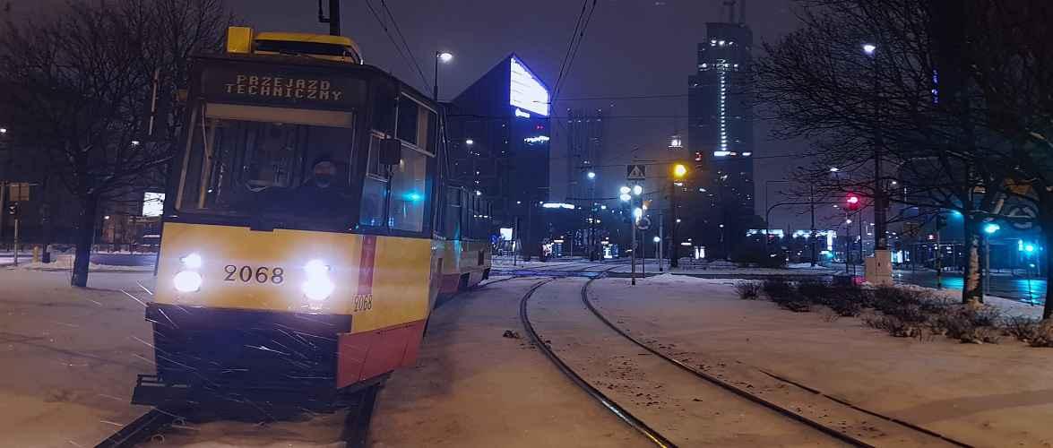 У Варшаві курсуватимуть нічні трамваї, але без пасажирів. Знаємо, чому