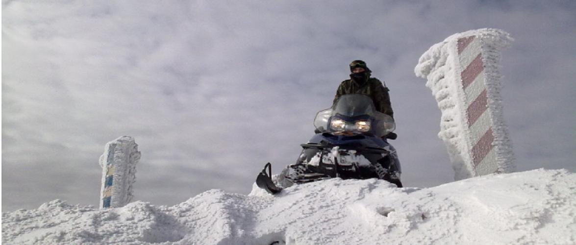 Йшли босі по снігу: на польському кордоні затримали іноземців-нелегалів