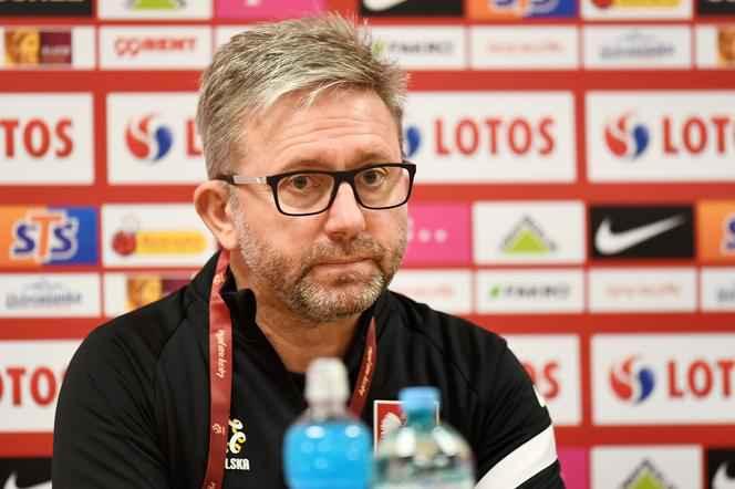 Ежи Бженчек уволен с поста главного тренера сборной Польши