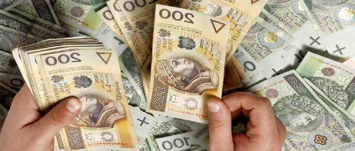 Чи цьогоріч батьки в Польщі отримуватимуть 600 злотих замість 500 за програмою «500+»?