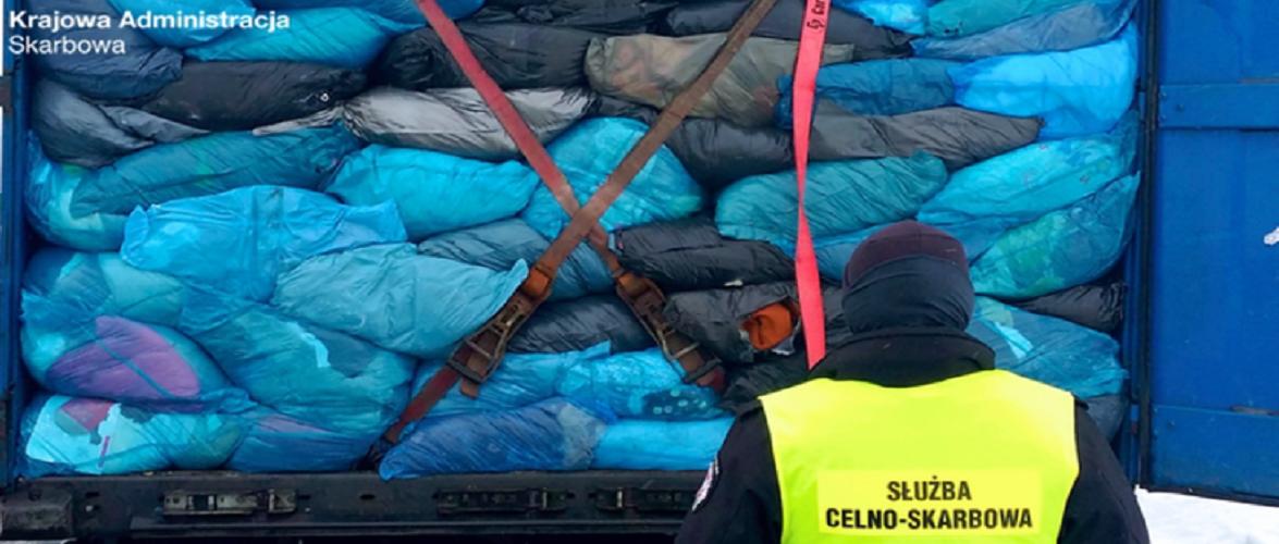На кордоні в Польщі вилучили 40 тонн «контрабанди»: в авто був злом і мотлох