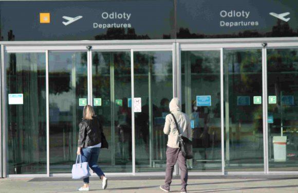Чи можуть українці здати тест на коронавірус у вроцлавському аеропорті?