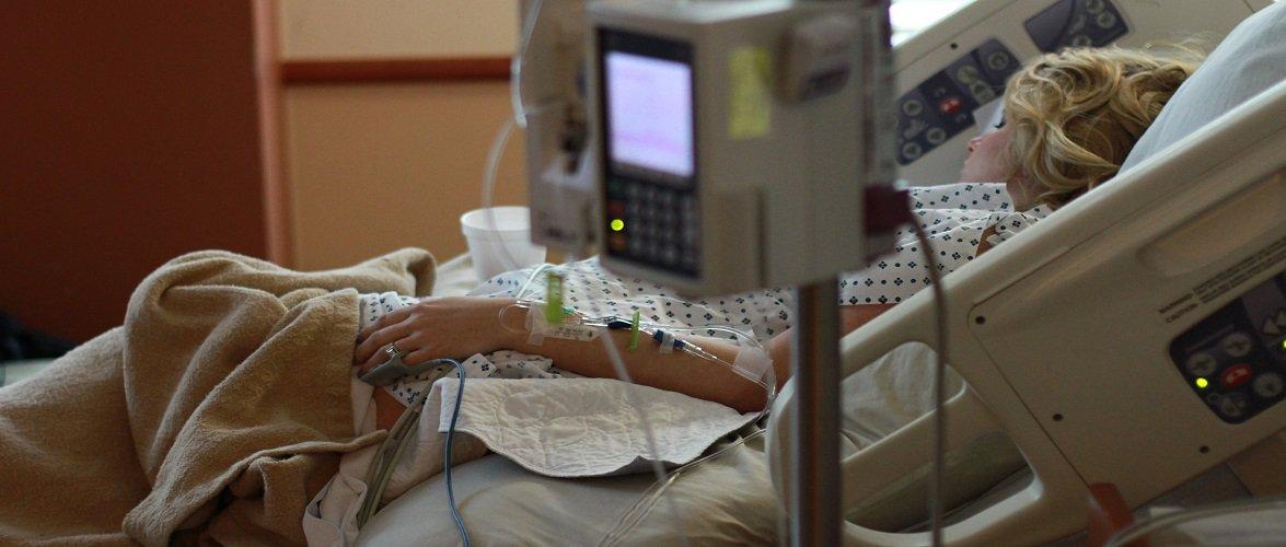 29-річна жінка в Польщі померла одразу після виходу з лікарні