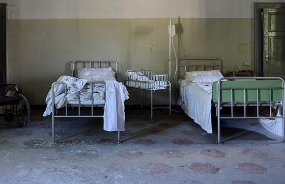 Ковідний шпиталь у Вроцлаві закупив 270 старих ліжок за 400 тис. злотих