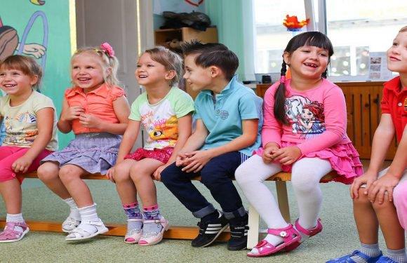 Як будуть працювати дитячі садки і ясла під час локдауну в Польщі?
