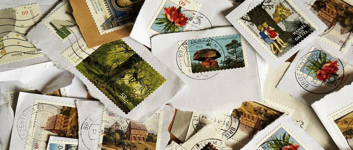 З травня у Польщі частково відміняють поштові марки, що буде натомість?