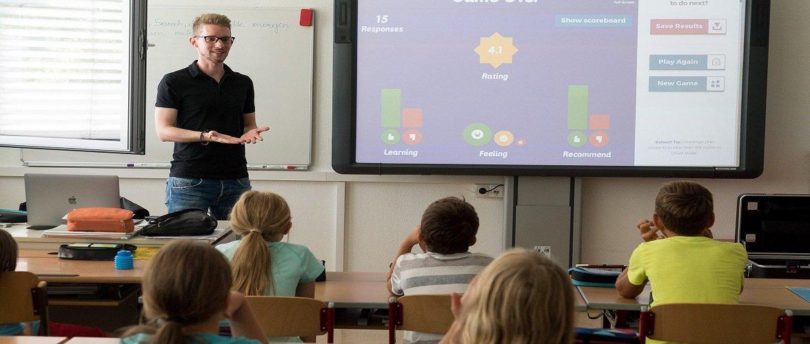 Міністр освіти і науки Польщі повідомив, як відбуватиметься повернення дітей до шкіл після пандемії