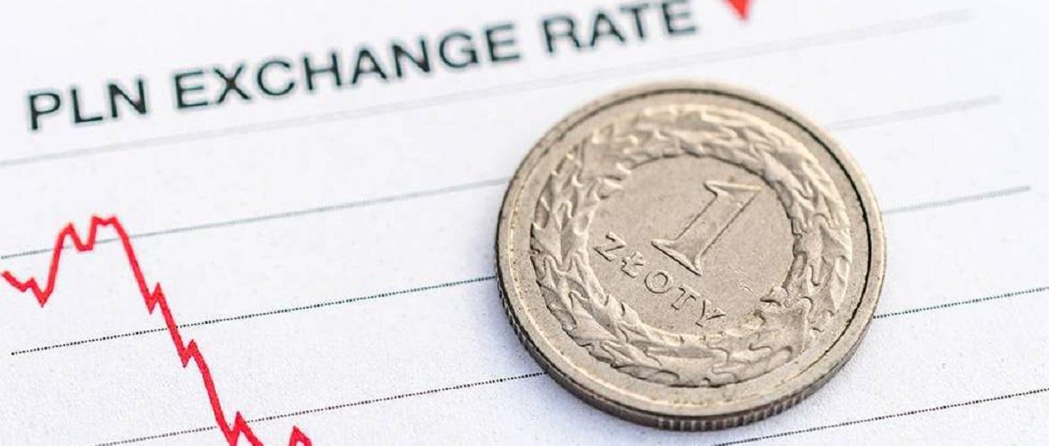 Злотий слабшає через відновлення економіки Польщі