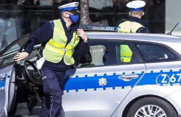 На травневі свята поліція Польщі перевірятиме, чи люди носять маски
