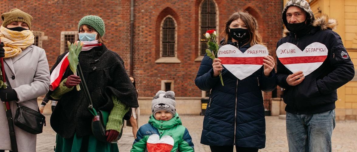 В березні у Польщі 130 громадян Білорусі подали заяви на отримання статусу біженця