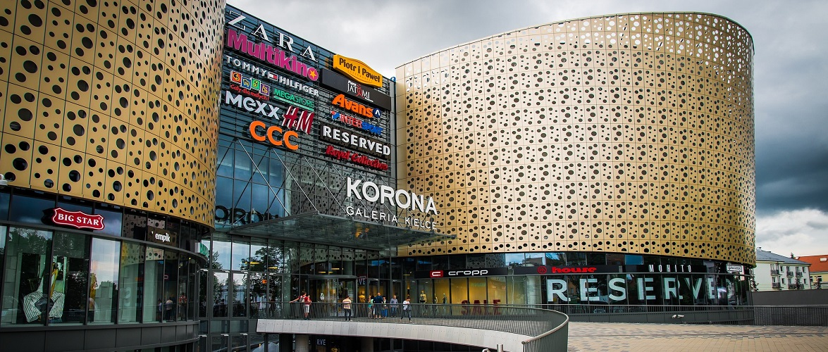 Торговці в Польщі домагаються відкриття всіх магазинів з 4 травня