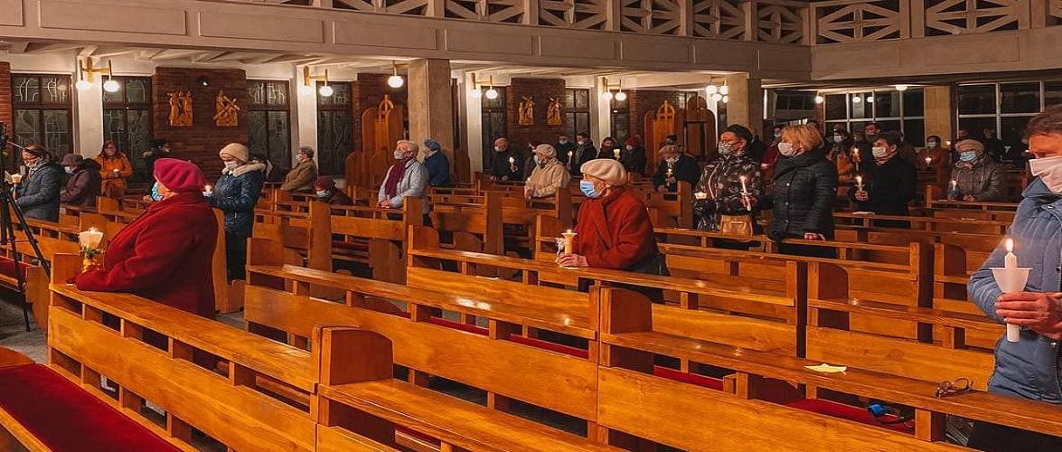 У Великодню неділю польські правоохоронці оштрафували понад 3,5 тис. людей