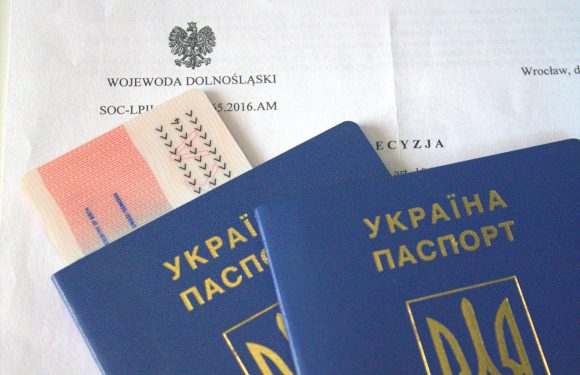 «Карту побиту» в Польщі мають майже півмільйона іноземців