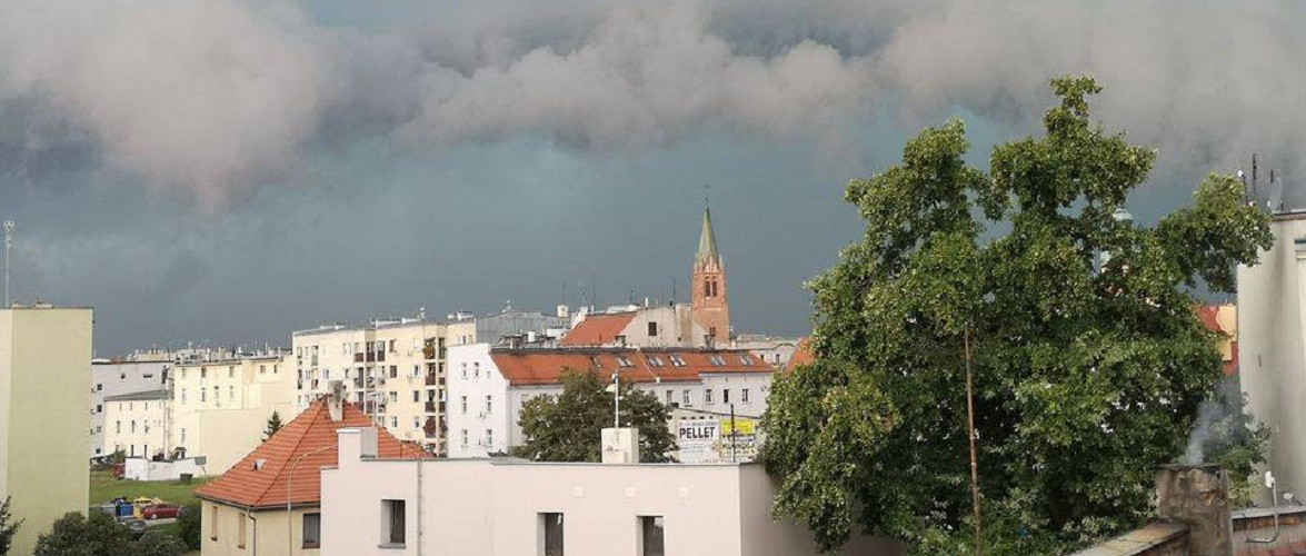 У Польщі обіцяють сильні бурі у другій половині дня