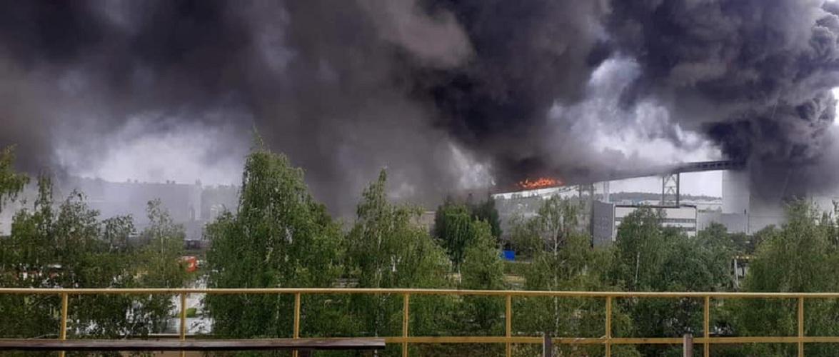 У Польщі через пожежу на електростанції вимикають блок [+ВІДЕО]