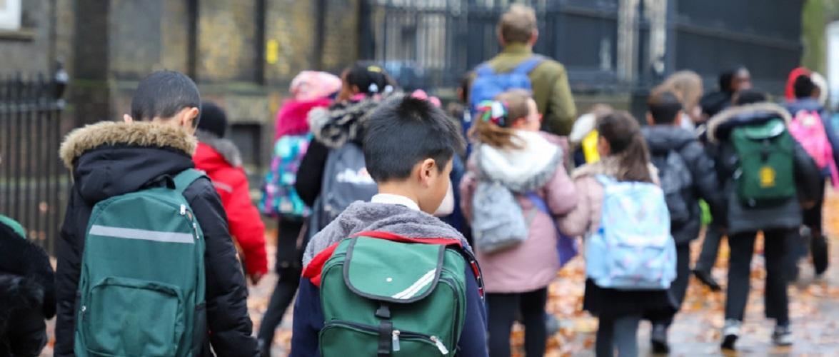 У Польщі учні повертаються до денної форми навчання