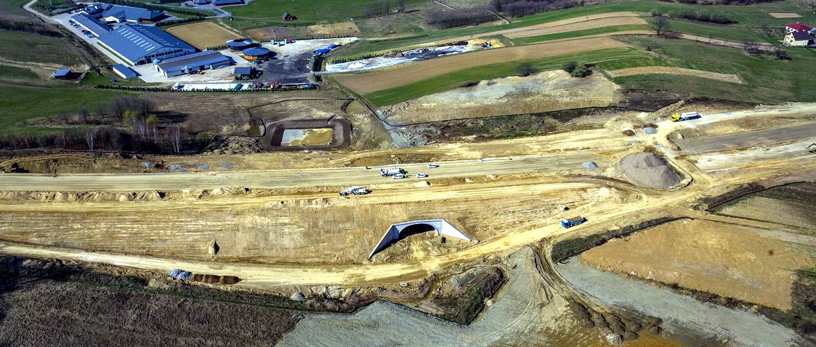В Польщі оголосили про відкриття нової автомагістралі VIA Carpatia