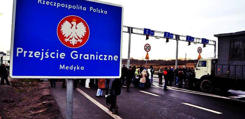 На польсько-українському кордоні робитимуть одноразові щеплення для українців