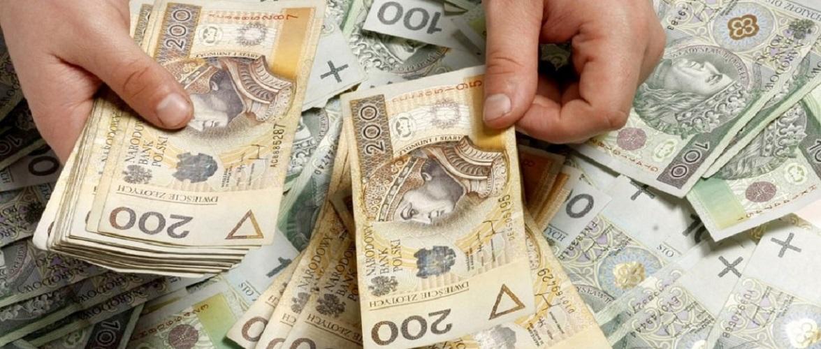 6% зарплат в Польщі видаються в конвертах