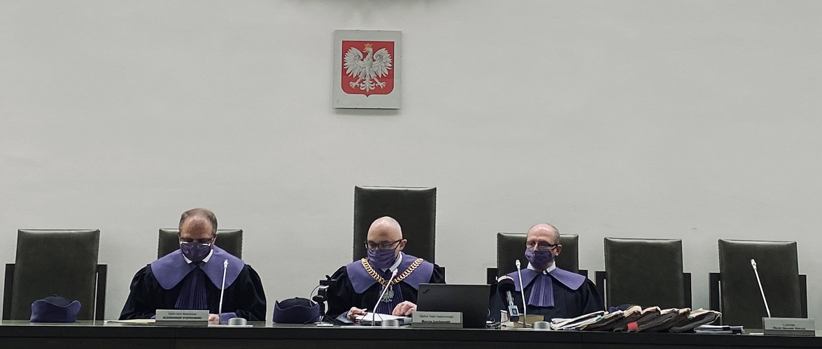 В Польщі евакуювали людей з Верховного суду через замінування