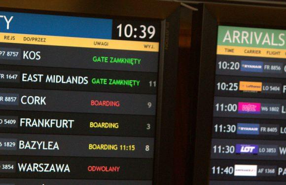 У Варшаві судять двох іноземців, які хотіли сісти на літак, маючи коронавірус