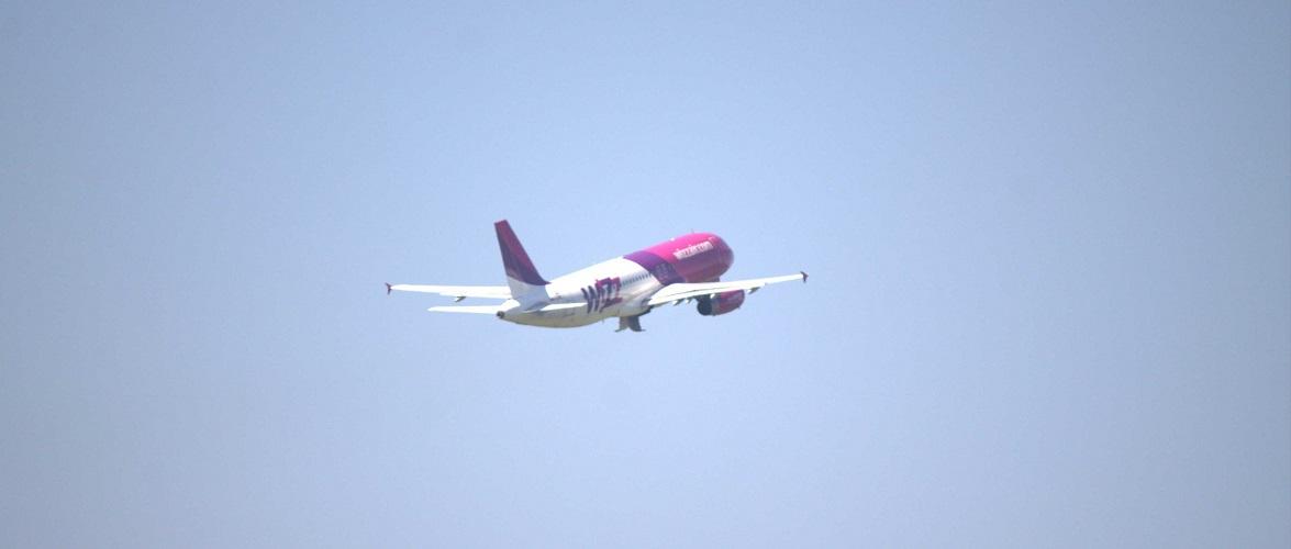 Як часто курсують літаки з Києва до Польщі і про що варто пам'ятати подорожуючим?