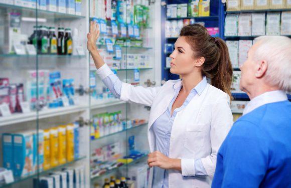 Аптекарі в Польщі можуть робити щеплення від коронавірусу