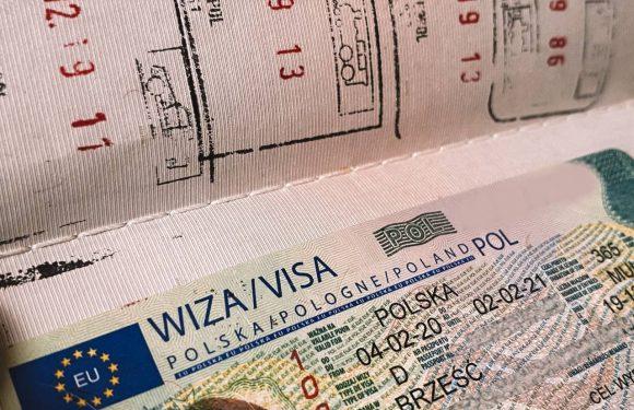 Польща у червні спростить порядок видачі польських національних віз